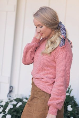 velvet-bow-sweater-strawberry-chic
