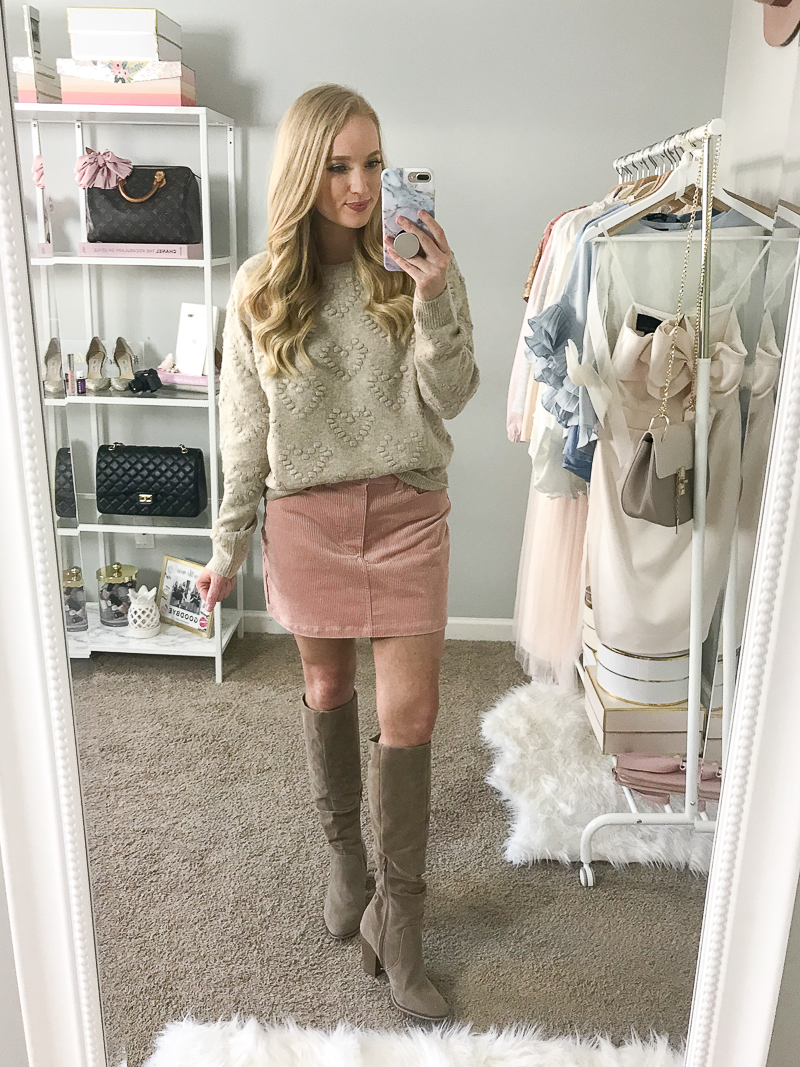 thanksgiving-outfit-ideas-2018-strawberry-chic