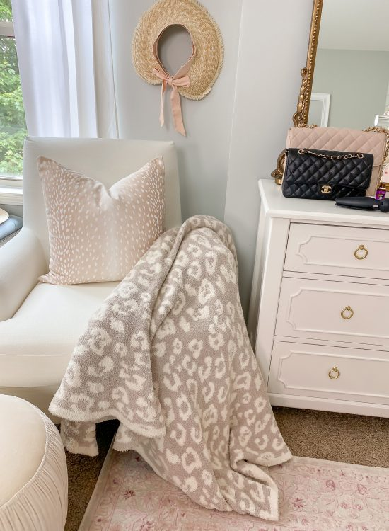 Barefoot Dreams Blanket Review