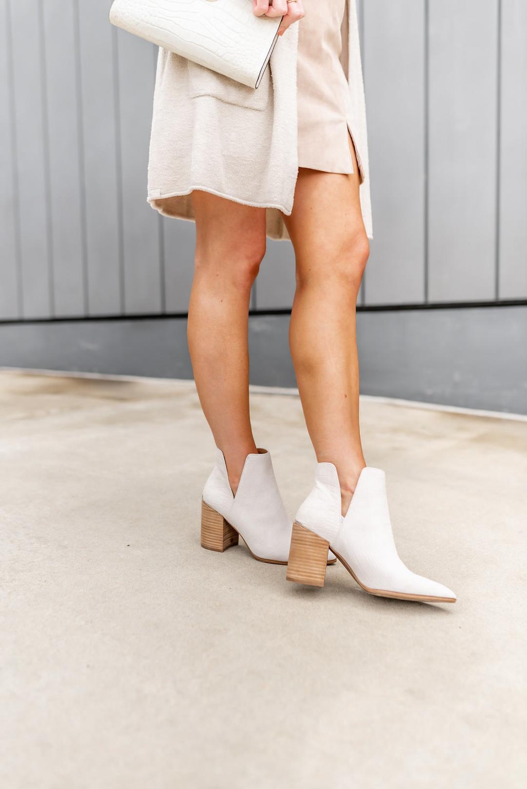 whitebooties