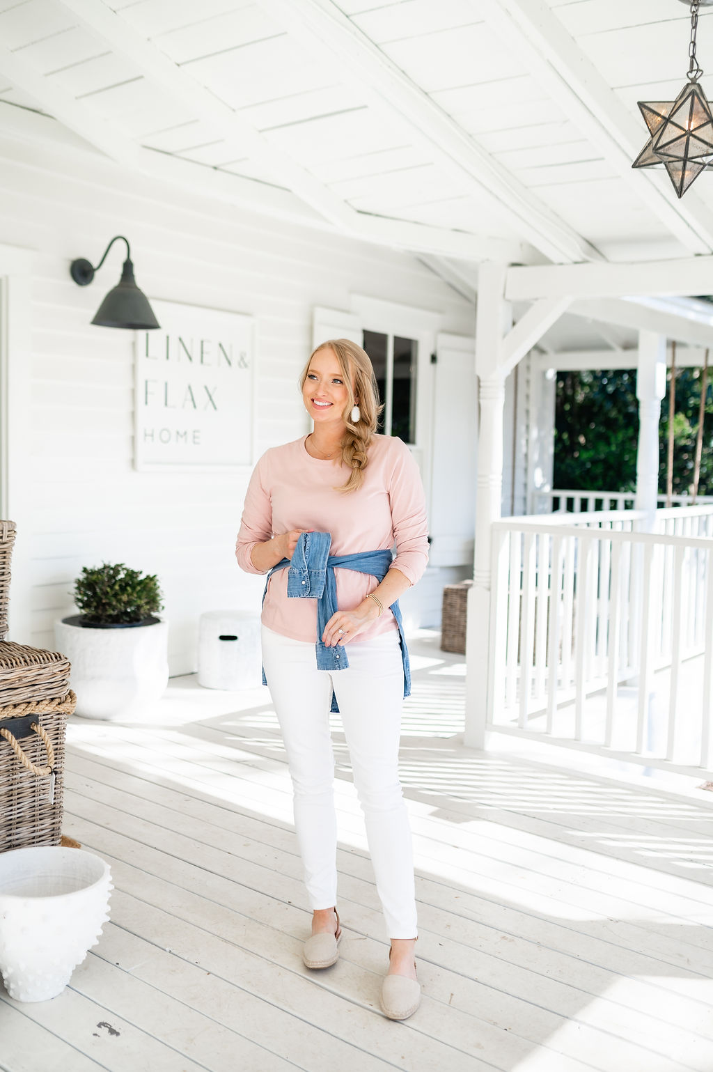 White Jeans and Chambray Top | Spring Wardrobe Staple
