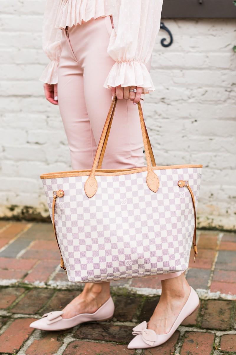 purse essentials for everyday