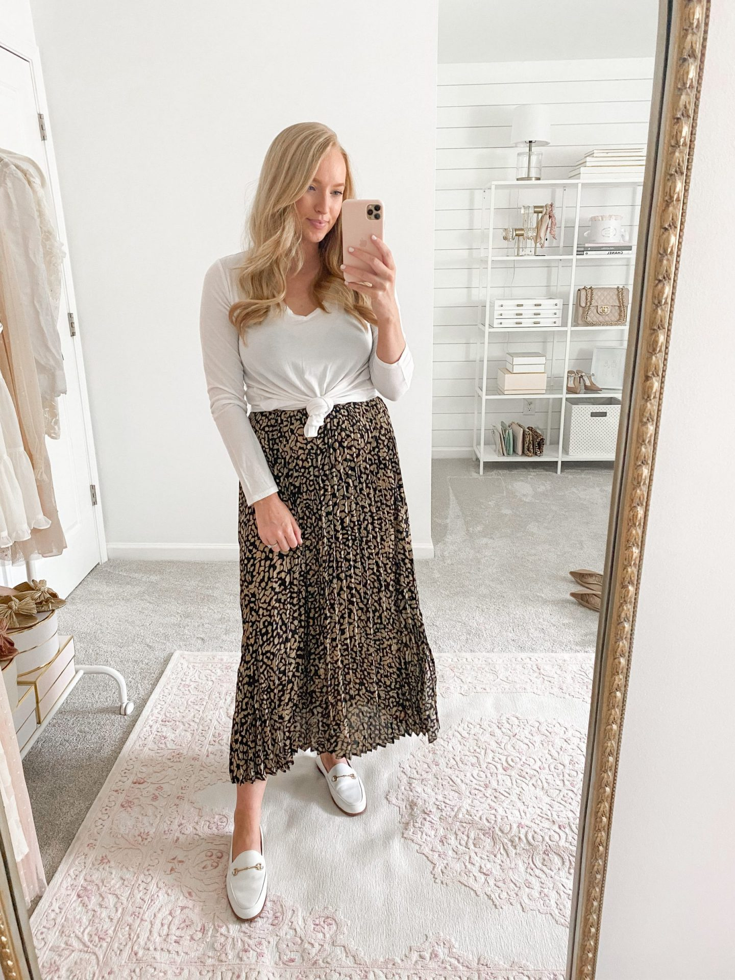 pleated maxi skirt fall outfit