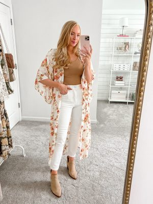 White jeans fall outfit